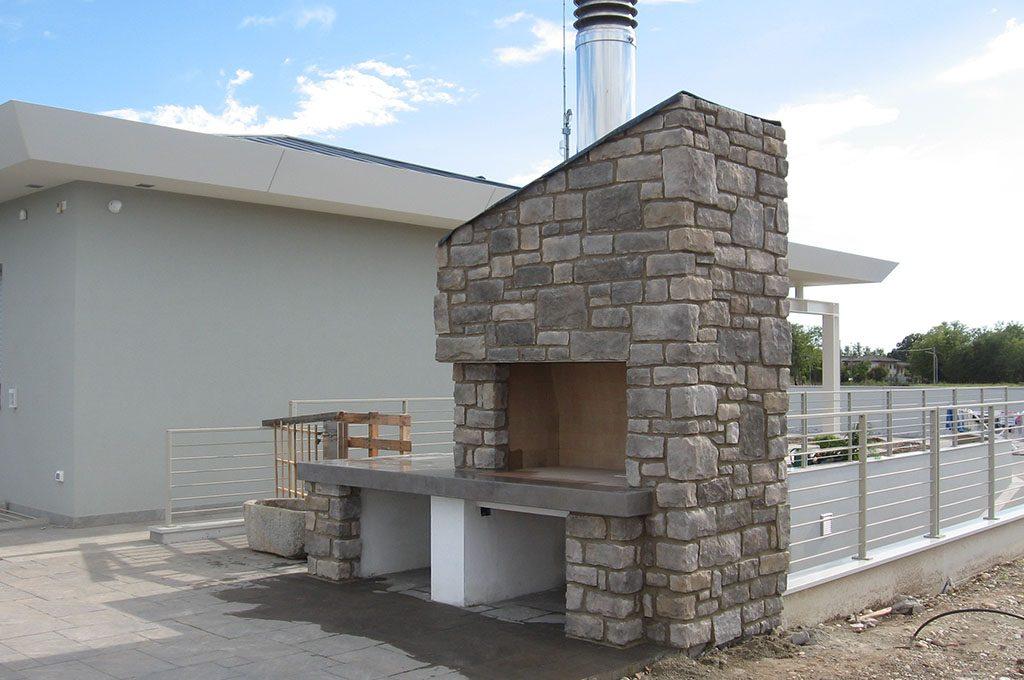 Camini esterni caminetto da barbecue a montebelluna castelfranco e bassano caminetti ferraro - Caminetti per esterno ...